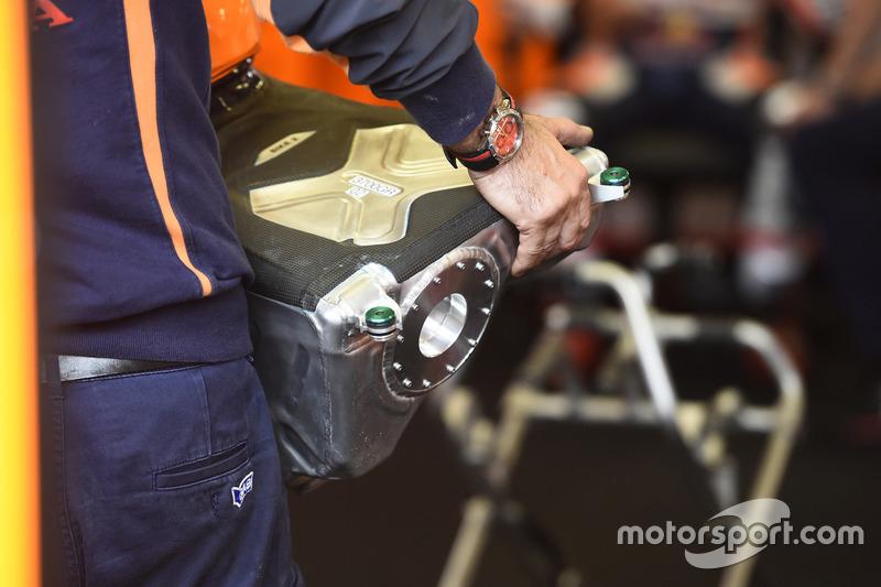 Repsol Honda Team benzin deposu