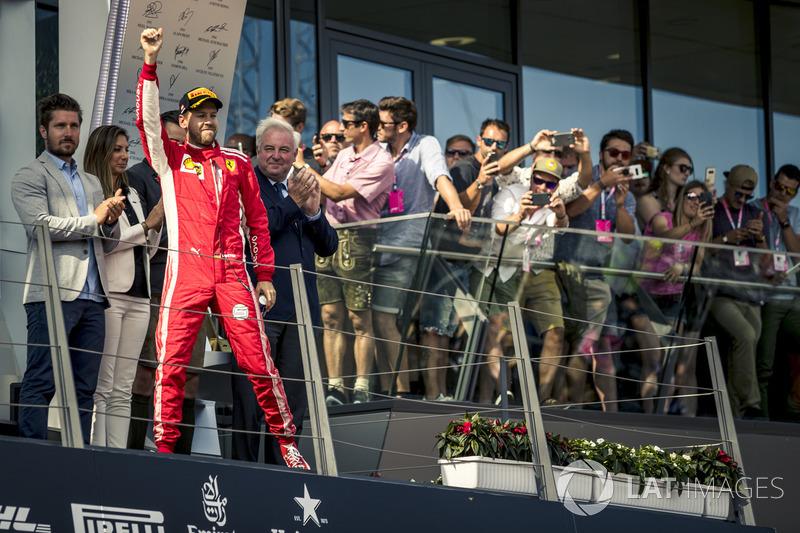 Sebastian Vettel, Ferrari sur le podium