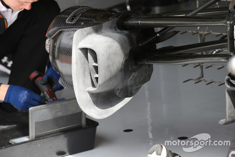 Brakes detail on the car of Fernando Alonso, McLaren MCL33