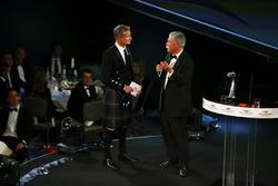 David Coulthard habla con Chase Carey, presidente de Formula Uno