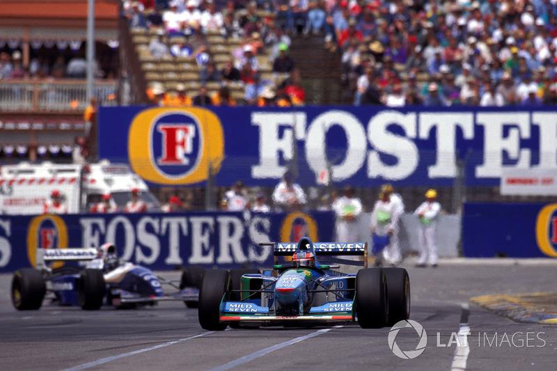 Это был сезон споров вокруг легальности машины Benetton и противостояния Михаэля Шумахера с Деймоном Хиллом в борьбе за титул, которое закончилось столкновением на финальной гонке сезона в Аделаиде