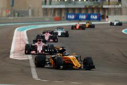 Nico Hulkenberg, Renault Sport F1 Team RS17, Esteban Ocon, Sahara Force India F1 VJM10, Sergio Perez, Sahara Force India F1 VJM10, Felipe Massa, Williams FW40