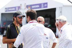 Жан-Ерік Вернь, Techeetah, говорить із представниками FIA