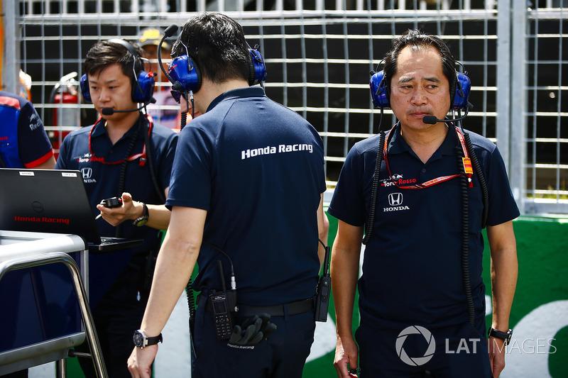Toyoharu Tanabe, F1 Technical Director, Honda, on the grid
