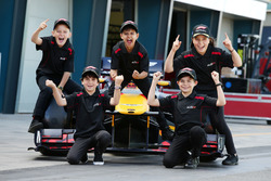 Grid Kids Toby, Brad, Lewis, Cadel and Aiva