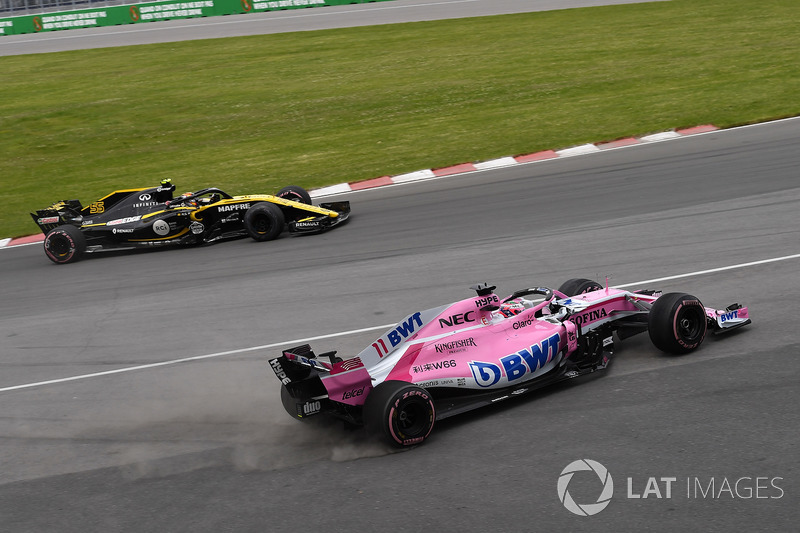 Perez asks for black flag for Sainz after their contact
