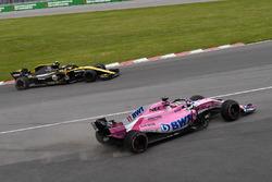 Sergio Perez, Force India VJM11 spin