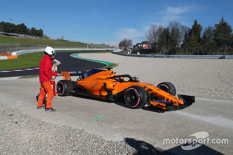 Fernando Alonso, McLaren MCL33 à l'arrêt en bord de piste