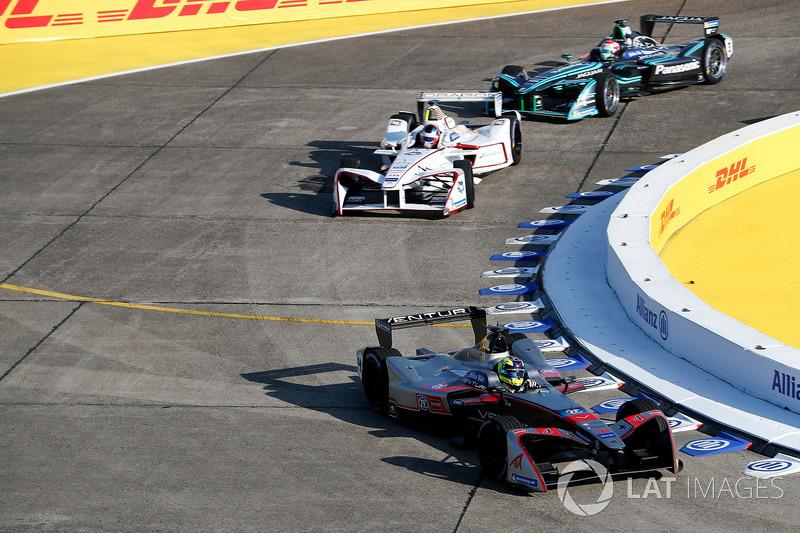 Tom Dillmann, Venturi Formula E Team, Jose Maria Lopez, Dragon Racing, Nelson Piquet Jr., Jaguar Racing