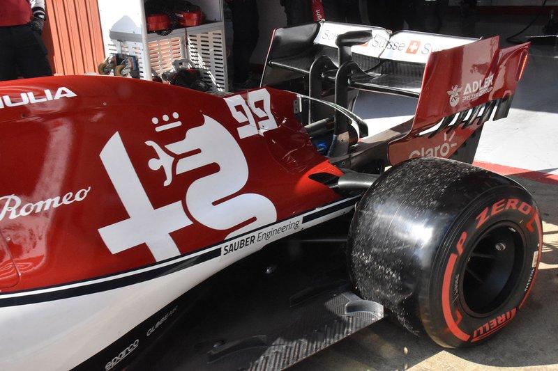 """تفاصيل القسم الخلفي من سيارة ألفا روميو """"سي38"""""""