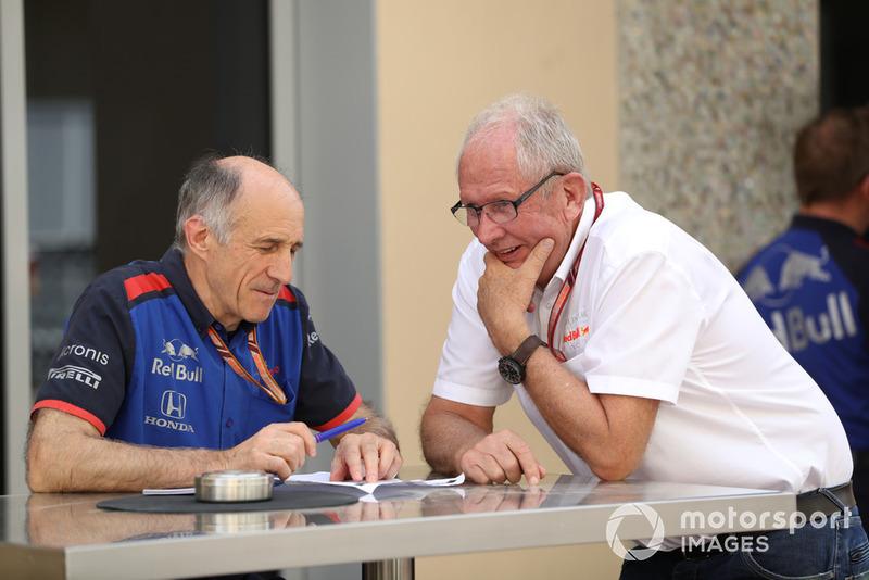Franz Tost, director del equipo Scuderia Toro Rosso y el Dr. Helmut Marko, consultor de Red Bull Motorsport
