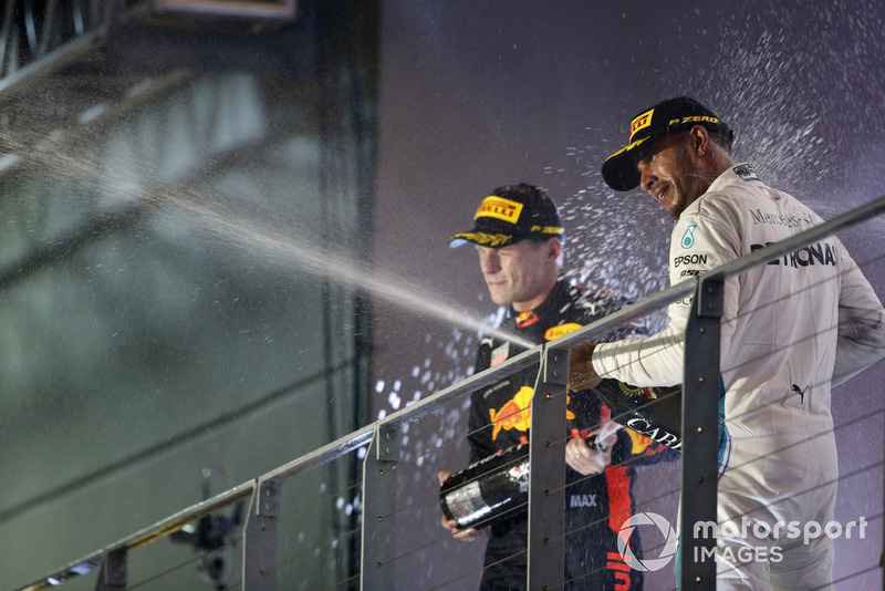 Max Verstappen, Red Bull Racing, Lewis Hamilton, Mercedes AMG F1