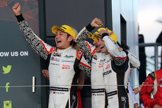 Podium LMP2: winners #38 Jackie Chan DC Racing Oreca 07 Gibson: Ho-Ping Tung, Gabriel Aubry, Stephane Richelmi