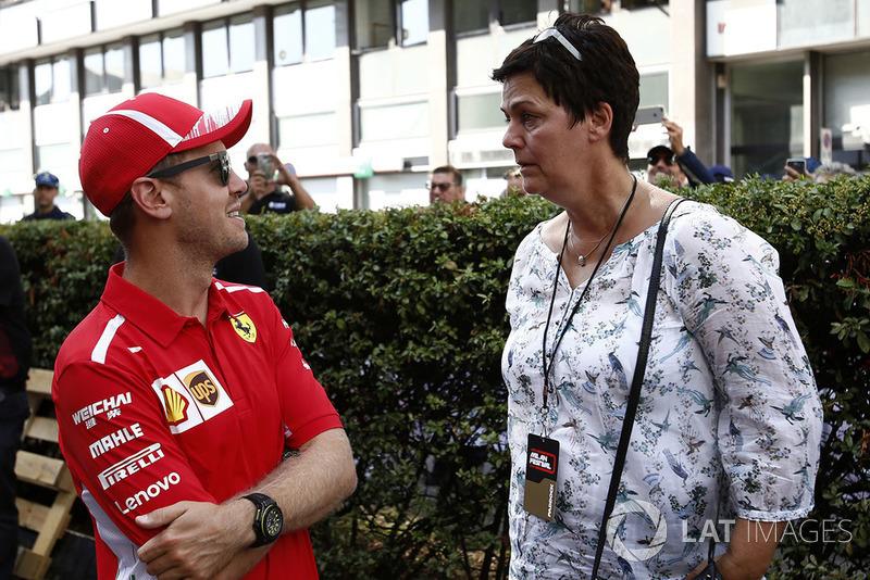 Sebastian Vettel, Ferrari con su madre