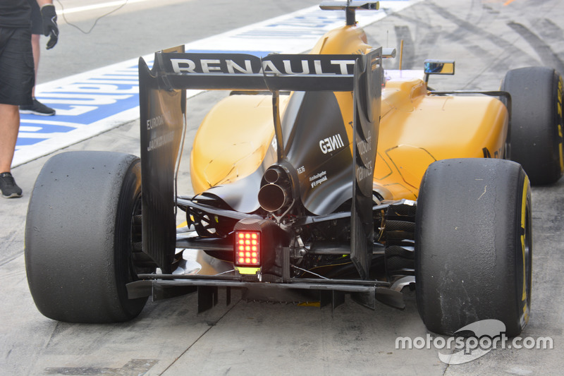 Renault Sport F1 Team RS16, Rear