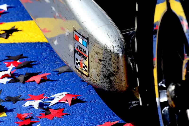 Adesivo del Team Penske sulla monoposto di Will Power, Team Penske Chevrolet