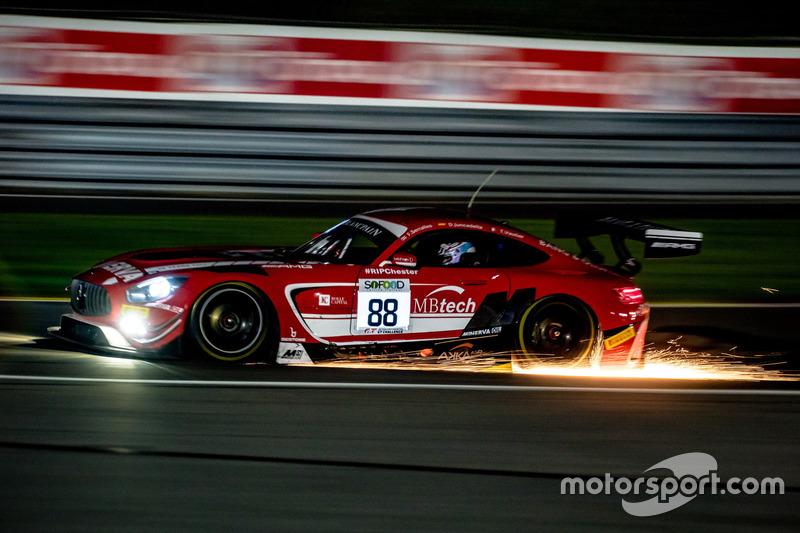 #88 Mercedes-AMG Team Akka ASP Mercedes-AMG GT3: Felix Serralles, Daniel Juncadella, Tristan Vautier