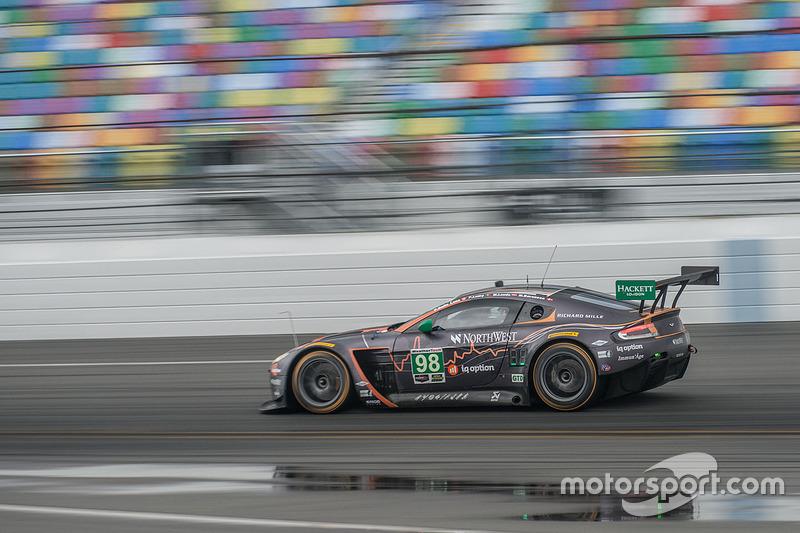 #98 Aston Martin Racing Aston Martin Vantage: Paul Dalla Lana, Mathias Lauda, Pedro Lamy, Marco Sore