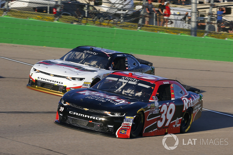 Ryan Sieg, RSS Racing Chevrolet and Michael Annett, JR Motorsports Chevrolet