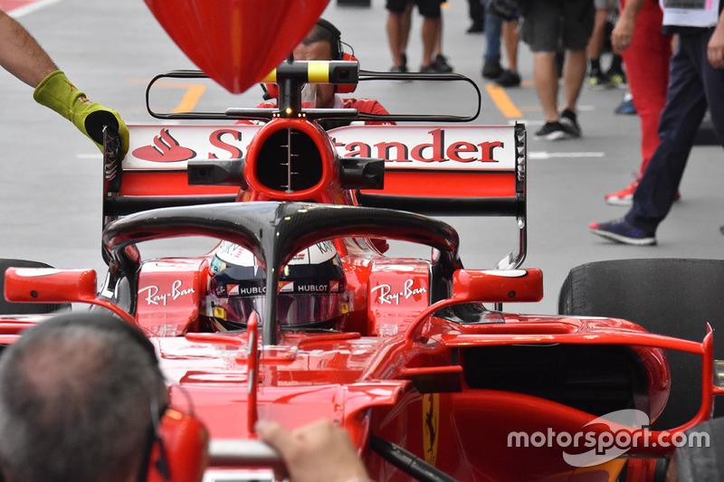 Kimi Raikkonen, Ferrari SF70H with halo