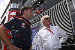 Спортивный консультант Red Bull Хельмут Марко и Берни Экклстоун