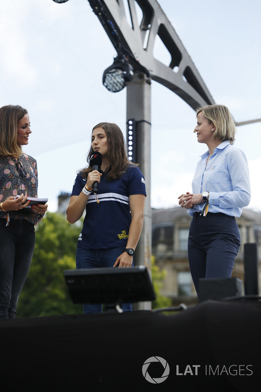 Tatiana Calderon, Development Driver, Sauber F1, speaks on stage between Natalie Pinkham, Presenter, Sky Sports F1, Suzie Wolff, TV Pundit, Channel 4 F1