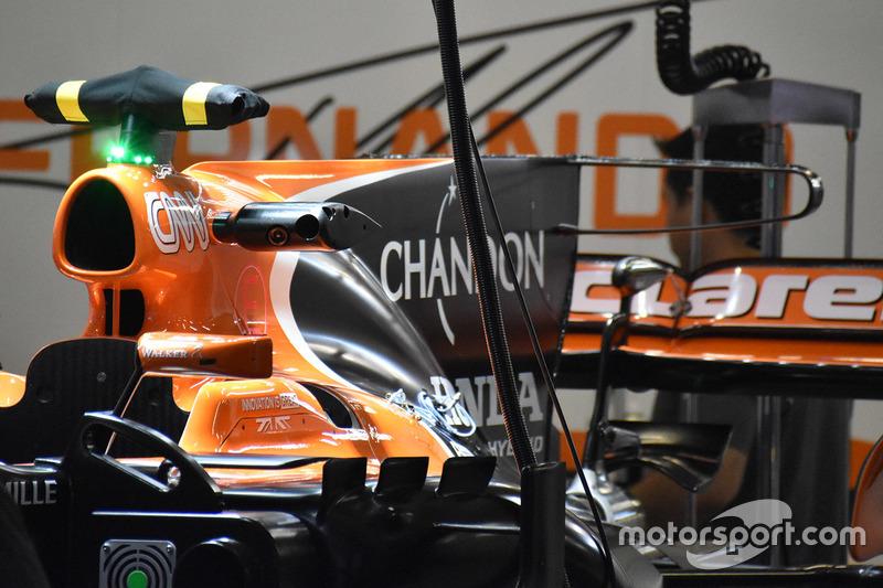 Détails du T-wing de la McLaren MCL32