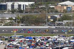 Brad Keselowski, Team Penske Ford, Kasey Kahne, Hendrick Motorsports Chevrolet and Ryan Reed, Roush Fenway Racing Ford