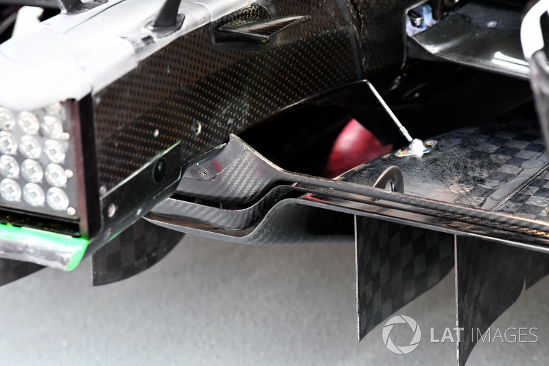 Ferrari SF70H rear diffuser detail