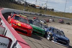 Justin Allgaier, JR Motorsports Chevrolet, Daniel Hemric, Richard Childress Racing Chevrolet, Brennan Poole, Chip Ganassi Racing Chevrolet