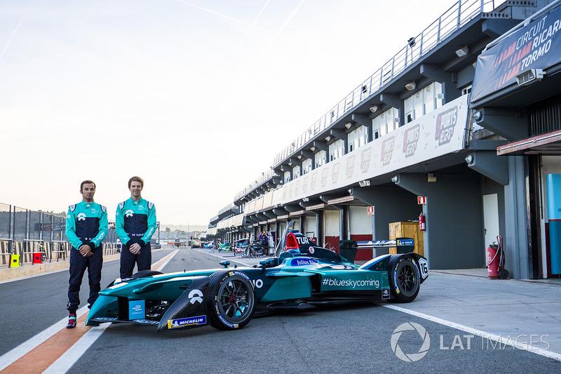 Luca Filippi, NIO Formula E Team and Oliver Turvey, NIO Formula E Team, unveil new livery