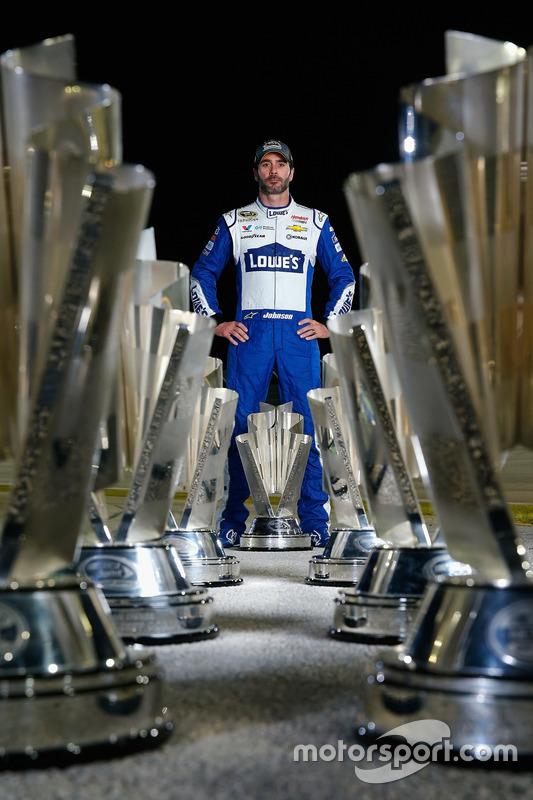 NASCAR Sprint-Cup-Champion 2016: Jimmie Johnson, Hendrick Motorsports, Chevrolet