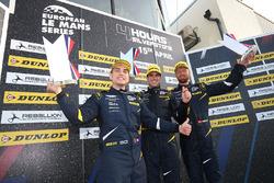 GTE Podyum: Yarış galibi Salih Yoluc, Euan Hankey, Nicki Thiim, TF Sport
