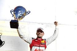 Podio: il vincitore della gara Jamie Green, Audi Sport Team Rosberg, Audi RS 5 DTM
