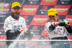 Podium: second place Scott Pye, Walkinshaw Racing, Warren Luff, Walkinshaw Racing