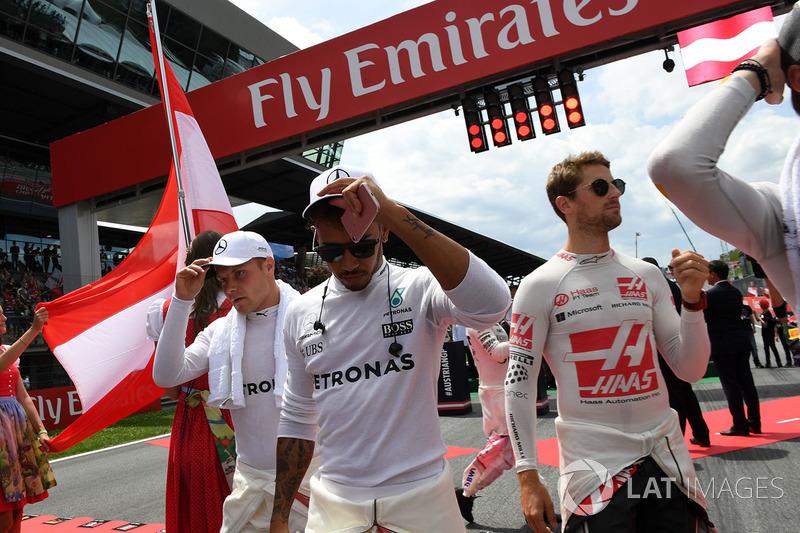 Валттері Боттас, Mercedes AMG F1, Льюіс Хемілтон, Mercedes AMG F1, Ромен Грожан, Haas F1 Team
