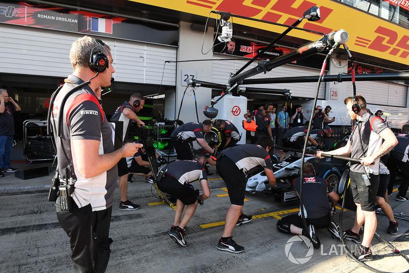 Stuart Cramp, Haas F1 Team Hoofdmonteur en Haas F1 Team pitstoptraining