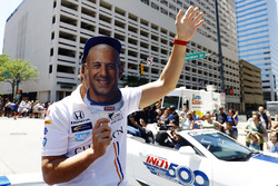 Fernando Alonso, Andretti Autosport Honda, se prend pour Tony Kanaan