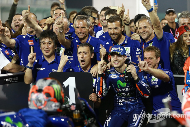 Maverick Viñales et son team
