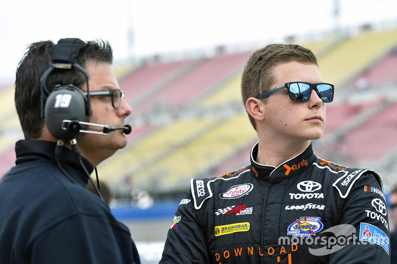 Matt Tifft, Joe Gibbs Racing, Toyota, mit Matt Beckman