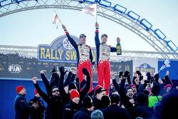 Race winners Jari-Matti Latvala, Miikka Anttila, Toyota Yaris WRC, Toyota Racing
