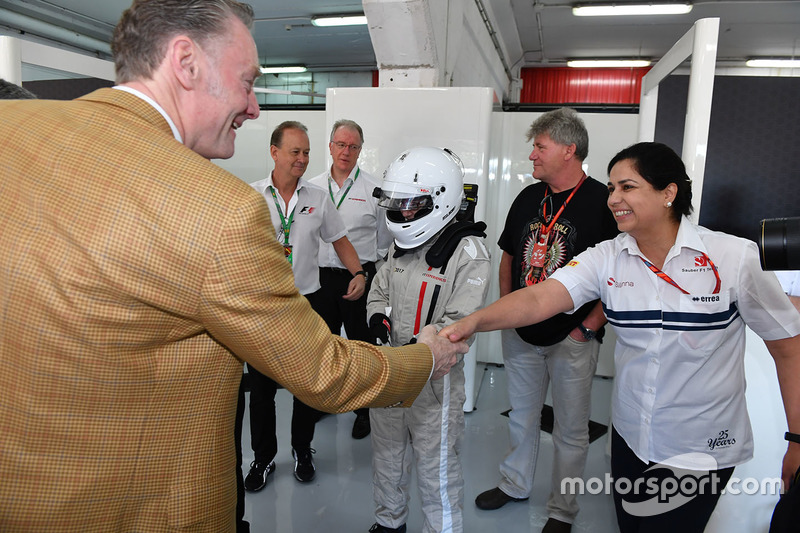 Sean Bratches, Formula One Managing Director, Commercial Operations and Monisha Kaltenborn, Sauber Team Prinicpal