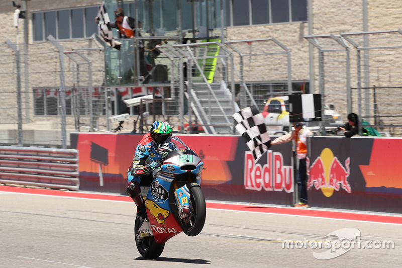 Franco Morbidelli, Marc VDS, takes the checkered flag