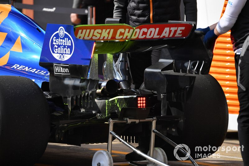 McLaren MCL34 rear wing and aero paint