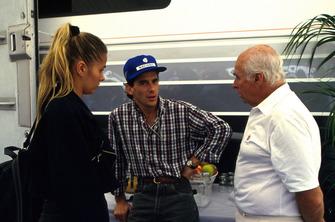 Ayrton Senna, McLaren ve kız arkadaşı Adrianne Galisteu