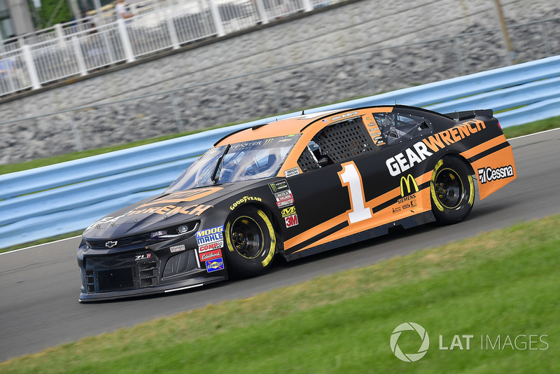 14. Jamie McMurray, Chip Ganassi Racing, Chevrolet Camaro GEARWRENCH