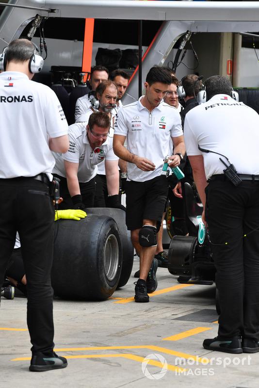Mercedes-AMG F1 тренує піт-стопи
