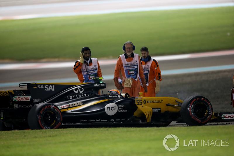 Carlos Sainz Jr., Renault F1 Team RS17