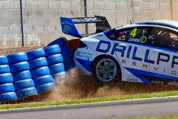 Crash, Macauley Jones, Brad Jones Racing Holden