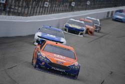 Brad Keselowski, Team Penske, Ford Fusion Autotrader, Alex Bowman, Hendrick Motorsports, Chevrolet Camaro Nationwide
